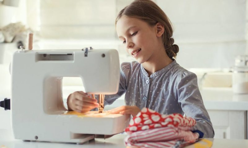 Tips For Choosing The Best Kids Sewing Machine