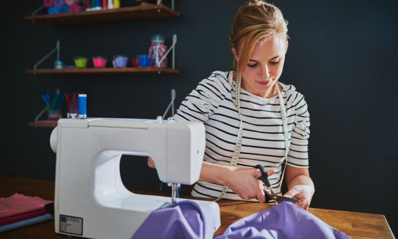 How To Buy The Best Sewing Machine For You